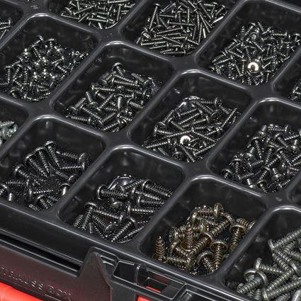 Schrauben: Blechschrauben DIN 7981 schw. brüniert STRAUSSbox 2