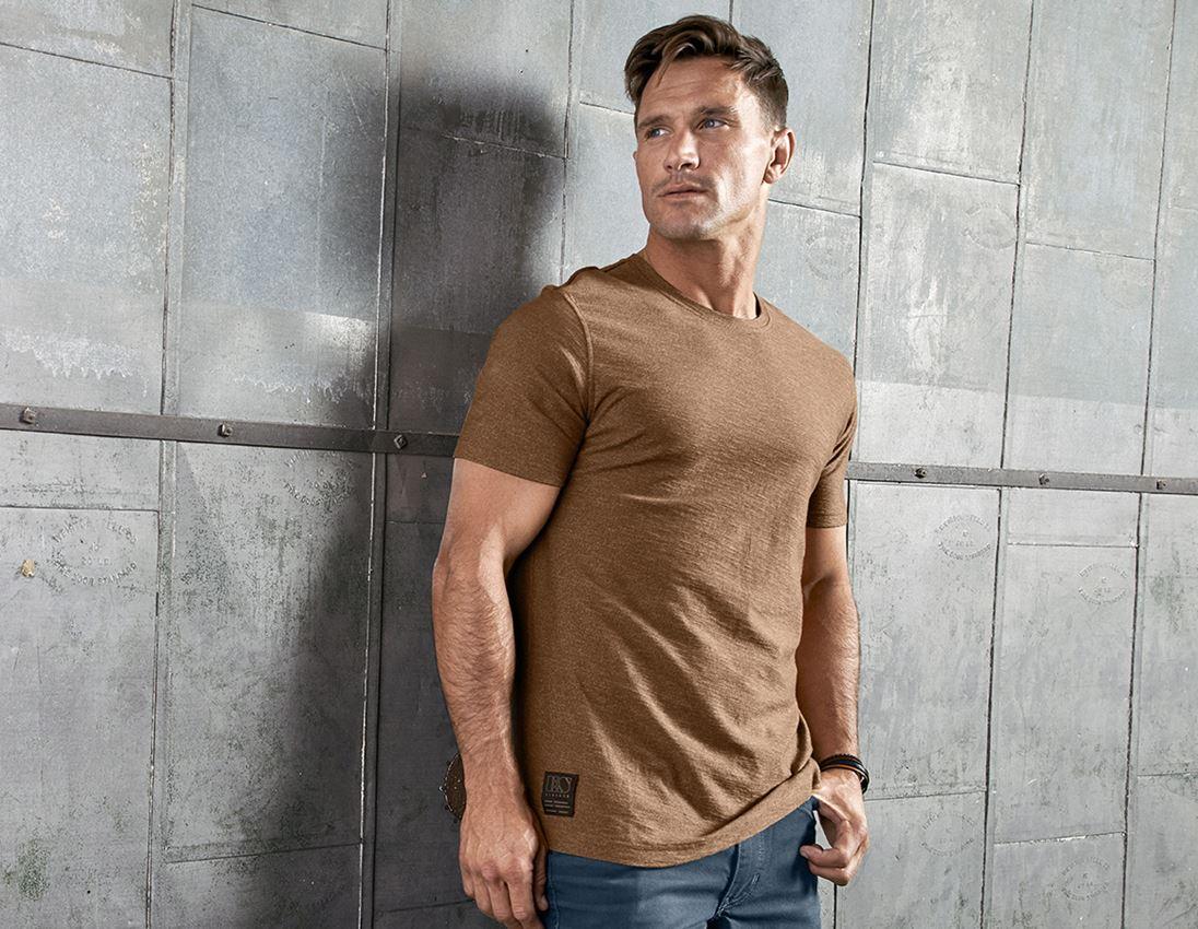 Shirts, Pullover & more: T-Shirt e.s.vintage + sepia melange