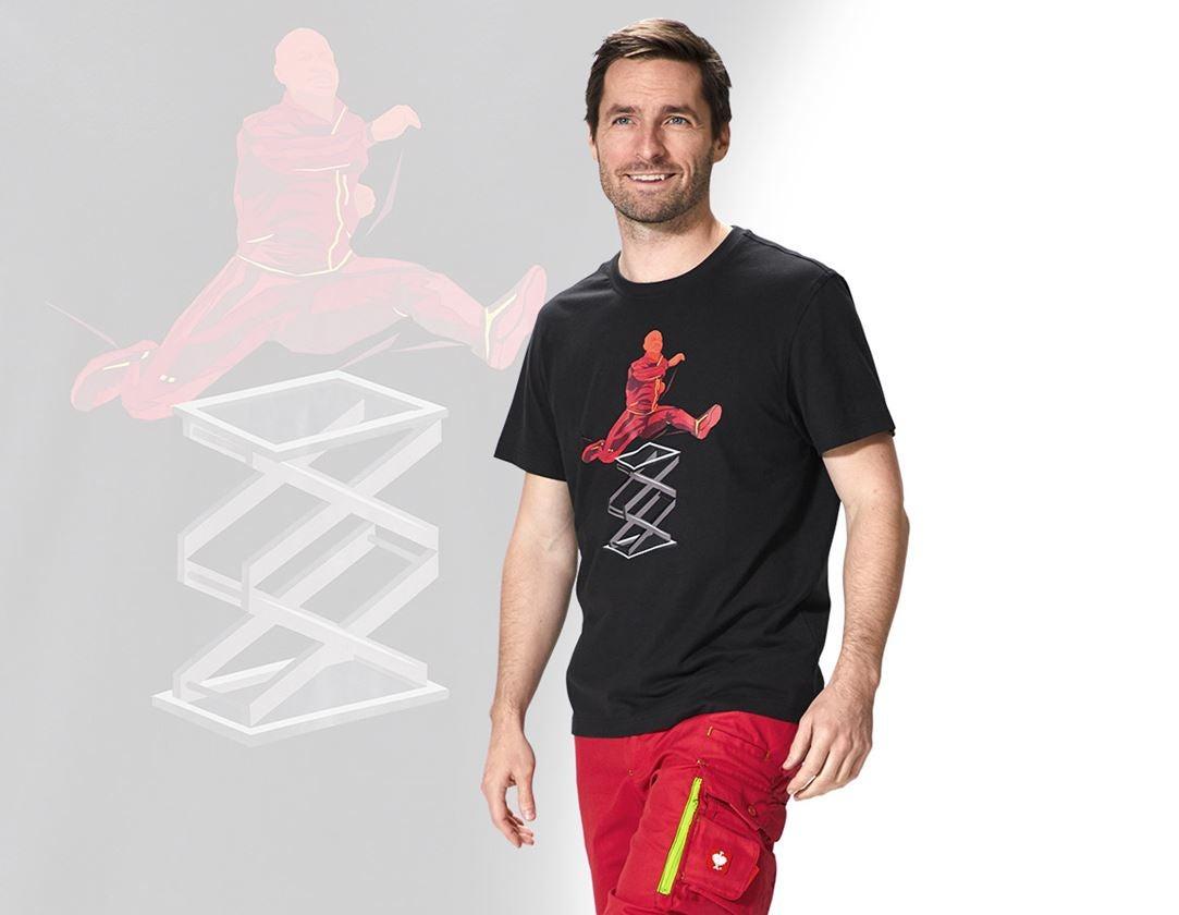 Hauts: e.s. T-Shirt Team 2020 + noir/rouge vif