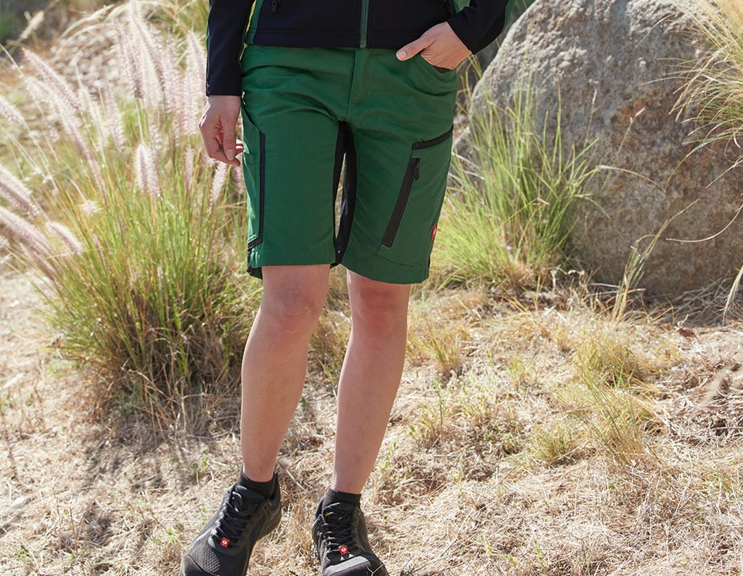 Work Trousers: Shorts e.s.vision, ladies' + green/black