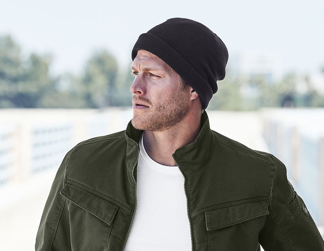Accessories: Knitted cap e.s.motion ten + oxidblack