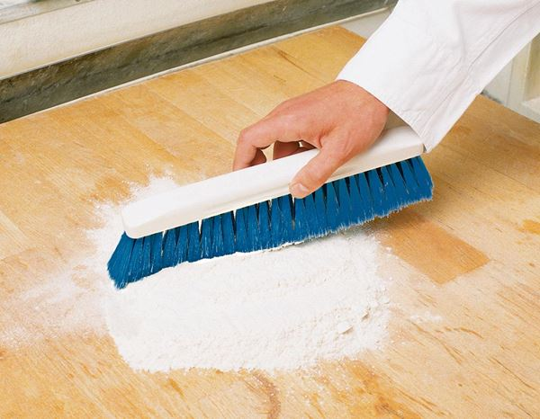 Kitchen Accessories / Catering Industries: Flour Brush 1